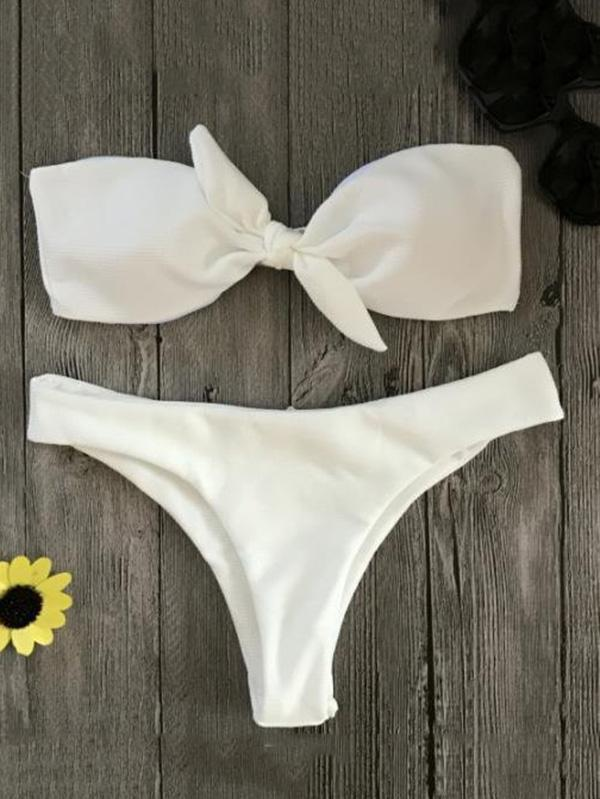 Solid Color Knotted Bandeau Split Bikini Swimsuit