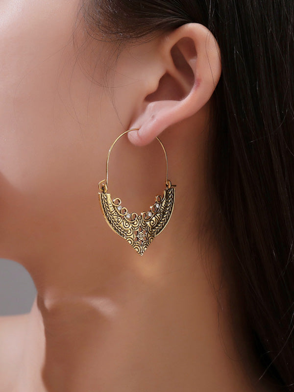 Vintage Pattern Love Hollow Earrings
