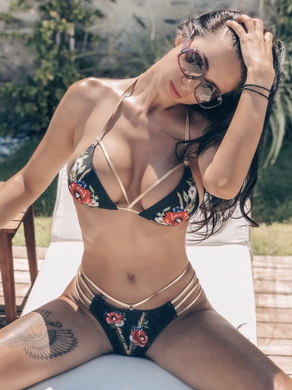 Lattice Scrunch Backless Printed Bikini Set
