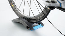 Load image into Gallery viewer, Tacx Skyliner Front Wheel Support