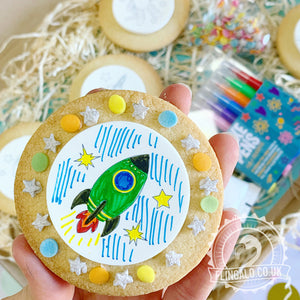 space decorating biscuit activity kit