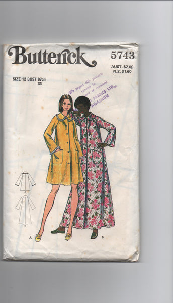 Butterick 5743 vintage 1970s robe dressing gown sewing pattern