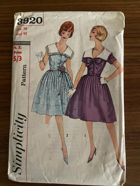 Simplicity vintage  1960s teens dress sewing pattern