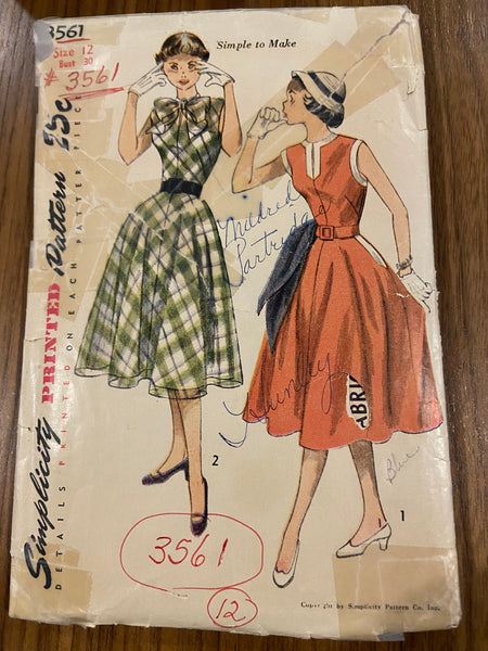 Simplicity 3561 vintage 1950s teen dress sewing pattern