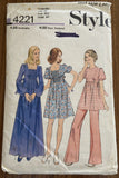 Style 4221 vintage 1970s maternity dress, top and pants pattern