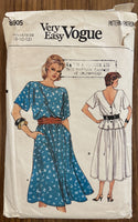 Vogue 8905 vintage 1980s skirt and blouse pattern - wounded