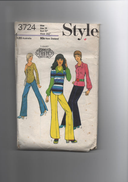 Style 3724. Vintage 1970s pants and top sewing pattern for stretch knits.