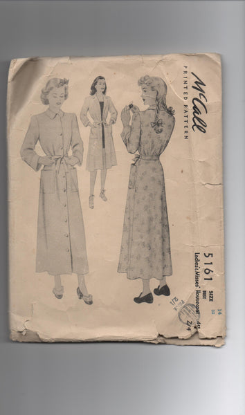 McCall 5161 vintage 1940s housecoat sewing pattern