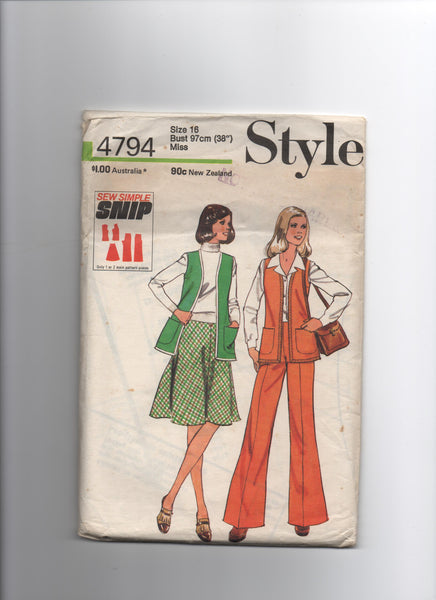Style 4794 vintage 1970s sleeveless cardigan, skirt and trousers pattern