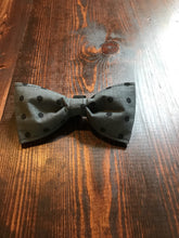 Load image into Gallery viewer, Dog Bow Tie - Polka Dot Bow Tie