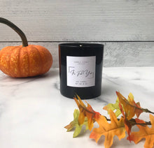 Load image into Gallery viewer, Pumpkin Chai Dog Aromatherapy Candle