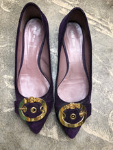 Load image into Gallery viewer, Shoe Size 40 Purple Flats