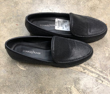 Load image into Gallery viewer, Shoe Size 8 1/2 Black Loafers