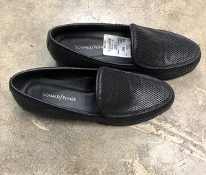 Shoe Size 8 1/2 Black Loafers