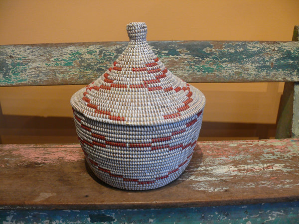 Senegal Warming Basket - Red - Anima Mundi