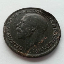 Load image into Gallery viewer, Antique 1917 one penny British coin George V Empire with green patina