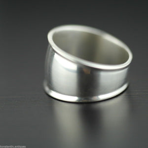 Vintage Scandinavian style sterling silver ring