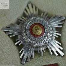 Load image into Gallery viewer, Vintage 1960s enamel solid silver order star 22 brilliant cut CZ class III RSR