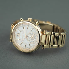 Load image into Gallery viewer, Michael Kors Sawyer Swiss made Gold Plated Ladies wristwatch with Nacre and Crystal Pave Dial