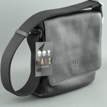 Load image into Gallery viewer, DAKS London Men's messenger Bag black Genuine Italian Leather