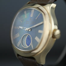 Load image into Gallery viewer, Constantin Weisz Galileo Galilei 35 Jewels Automatic gold plated wrist watch with strap