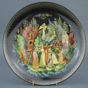 Wall Decor Russian tales plate - Tsar Saltan - from Vinogradoff porcelain