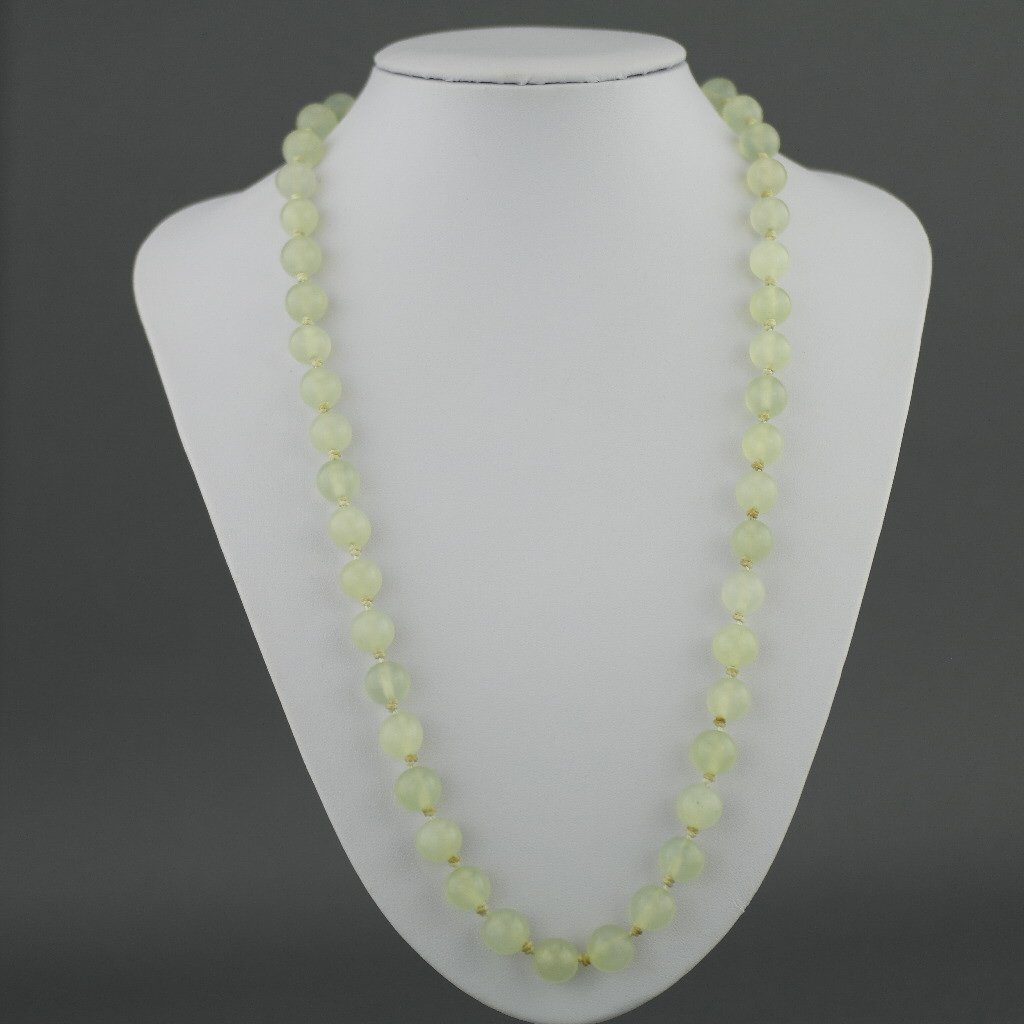 Antique elegant Celadon Jade round beads knotted necklace with gold plated silver clasp