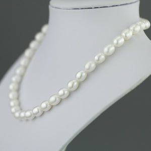 Kyoto Pearls necklace with 9ct gold dual color clasp