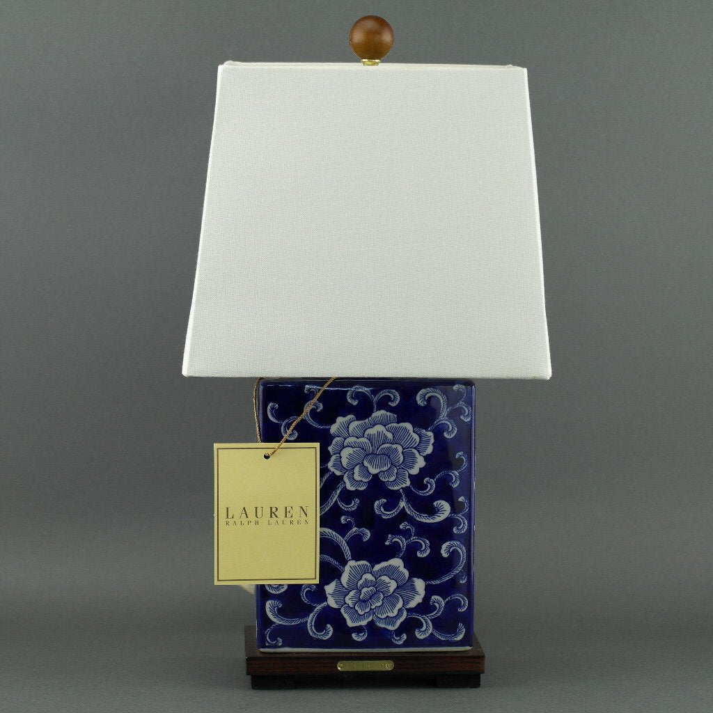 Ralph Lauren Chinese Porcelain Blue Flowers Traditional Chinese Meredith Table Lamp
