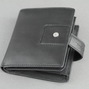 Bodenschatz Germany black goat leather wallet card holder