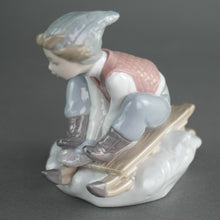 Load image into Gallery viewer, Lladro, Look out below!, from Daisa / Daisy Collection Porcelain figure
