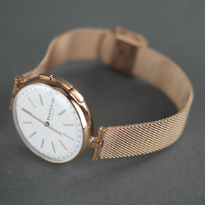 Skagen Hybrid Smartwatch - Signatur T-Bar Rose Gold plated stainless steel with milanese strap watch