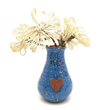 Load image into Gallery viewer, Calliope Heart Vase