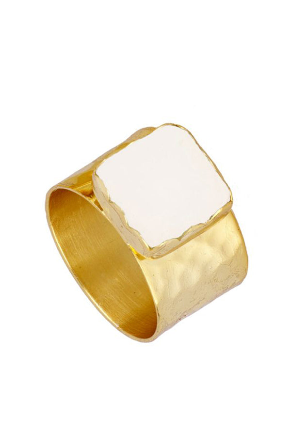 Perla Square Ring | Black Book Fashion