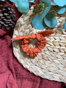 Pumpkin Spice Scrunchie with ribbon