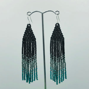 Audacious - Brave, Bold Action (black to turquoise)