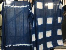 Load image into Gallery viewer, Shibori Dyeing in Indigo Blue Workshop; Private, Group, or Event
