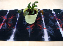 Load image into Gallery viewer, Table Runner // AntiDyed printed Crayfish + Almond Shells