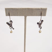 Load image into Gallery viewer, Umbrella Reuse Earrings