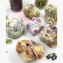 Load image into Gallery viewer, Floral and Fauna Bundle Dyeing Workshop