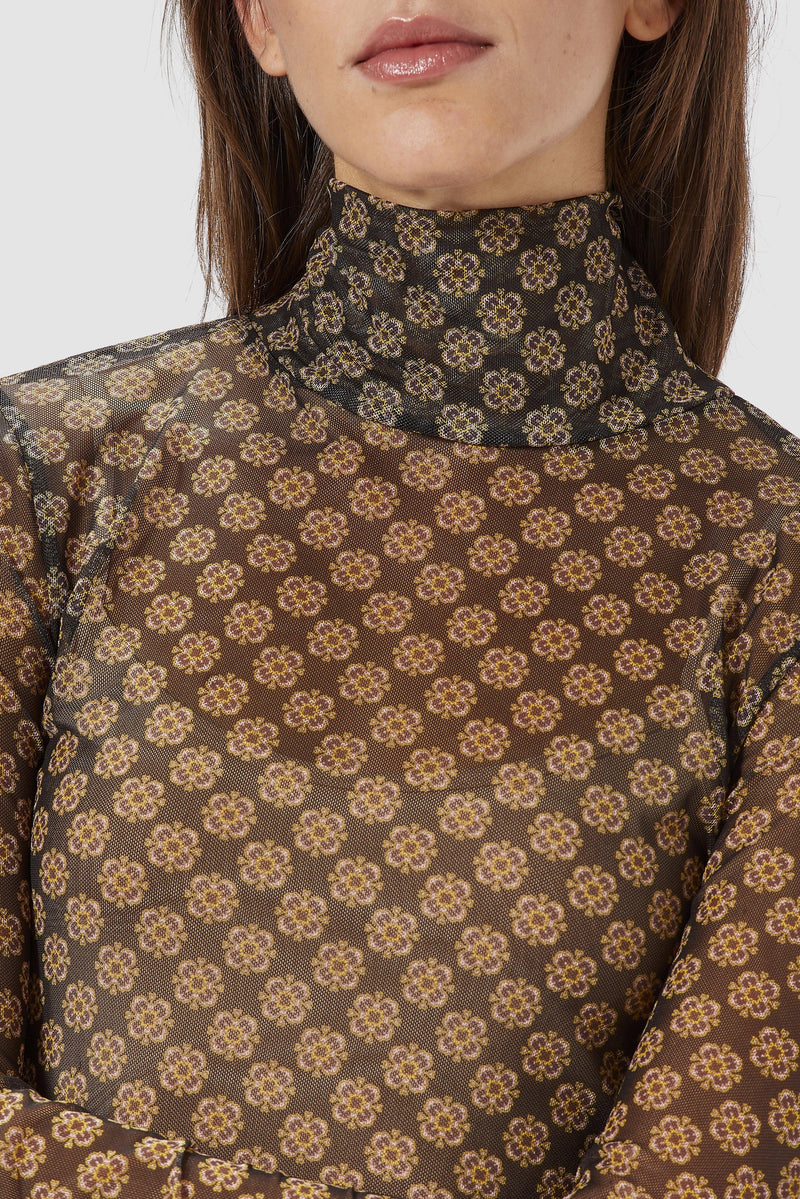 Rich & Royal - Longsleeve mit Retroprint - Detailansicht
