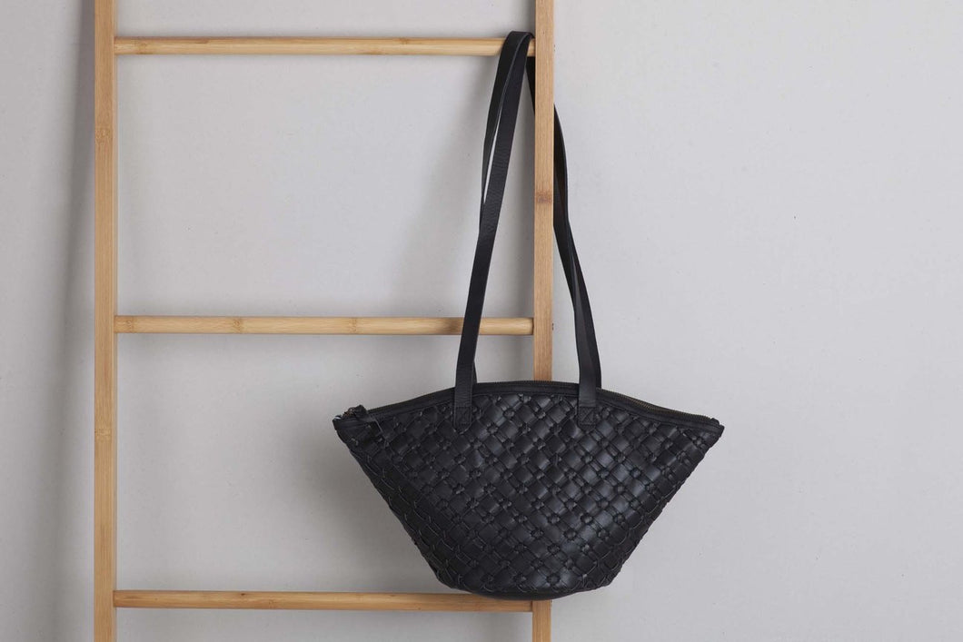 Ovae -Clementine Woven Bag Black