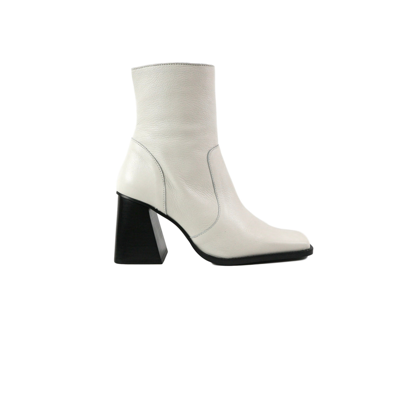 ISLA | MID HEEL WHITE BOOT - TrystShoes