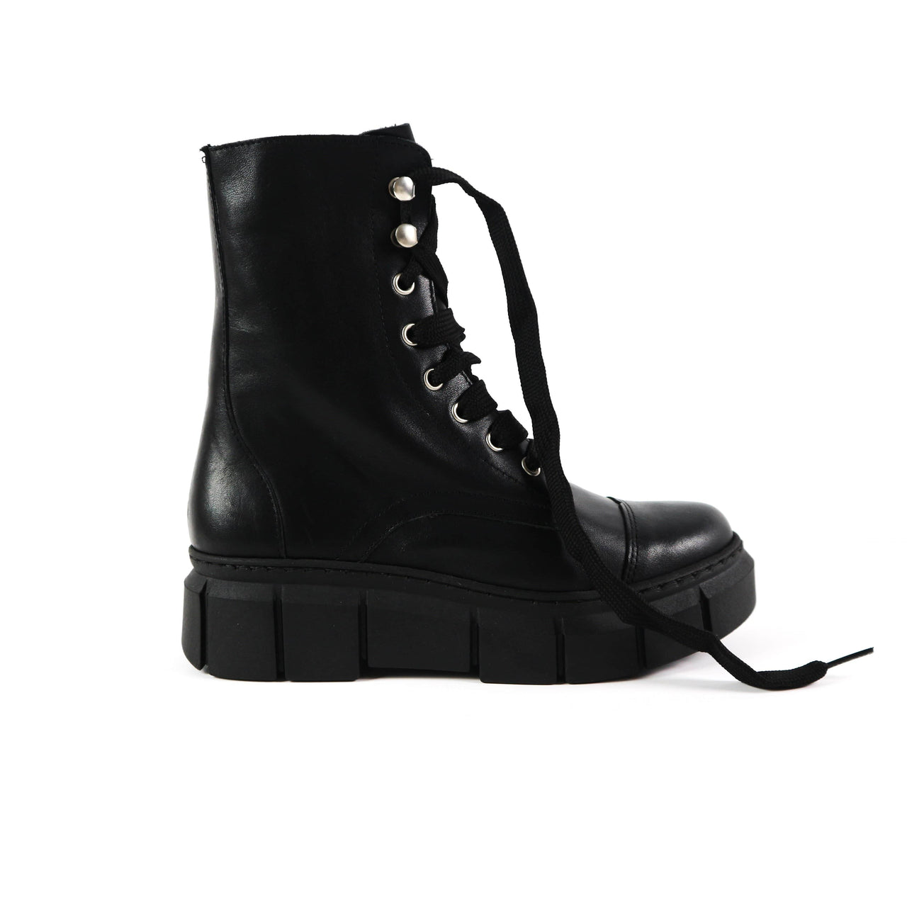 Funky Black Boots   BECKY