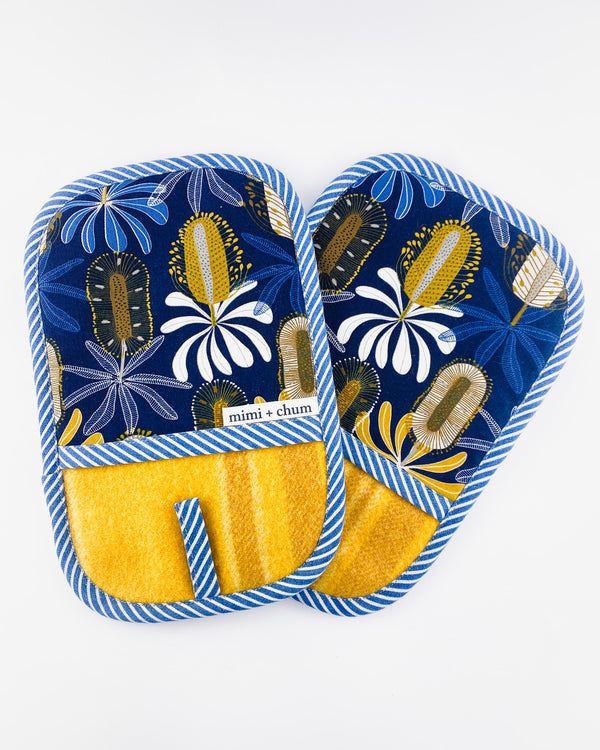 Oven Mitts Pair
