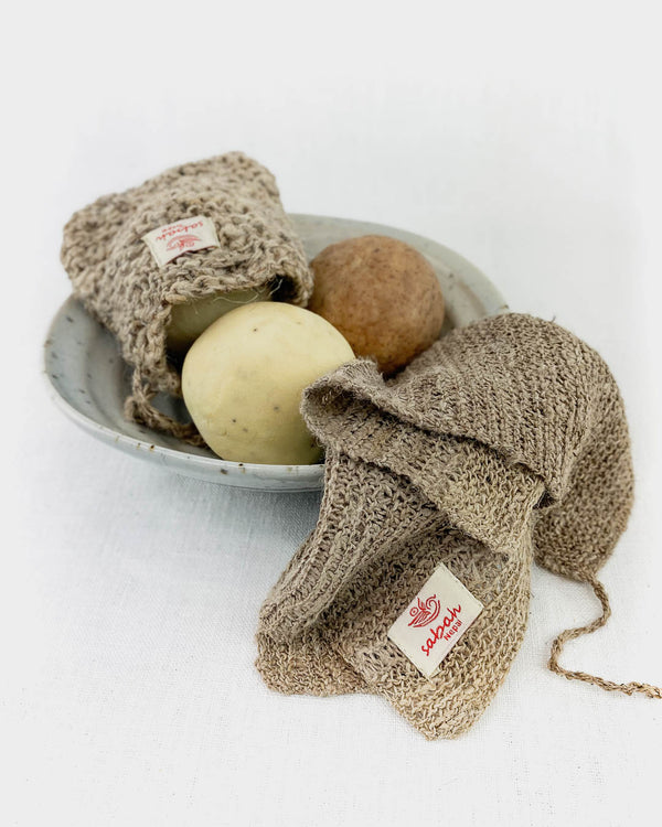 Nettle Soap Pouch & Exfoliating Cloth