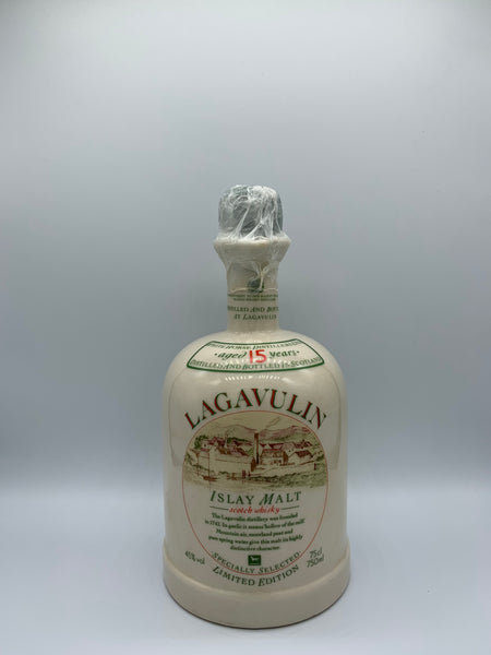 Lagavulin 15 Years Old Ceramic Decanter bottled circa 80s, 45%