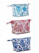 Load image into Gallery viewer, Roller Rabbit Toiletry Case Amanda