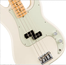 Load image into Gallery viewer, Fender American Professional P Bass 4-String