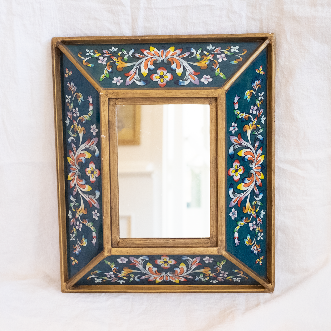 Flower Frame w/ removable Mirror